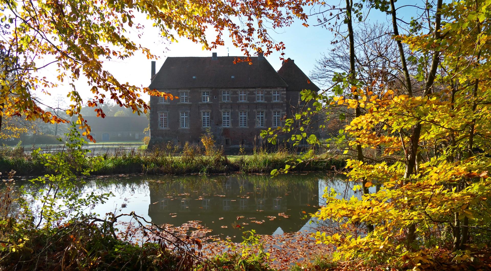 Egelborg im Herbst