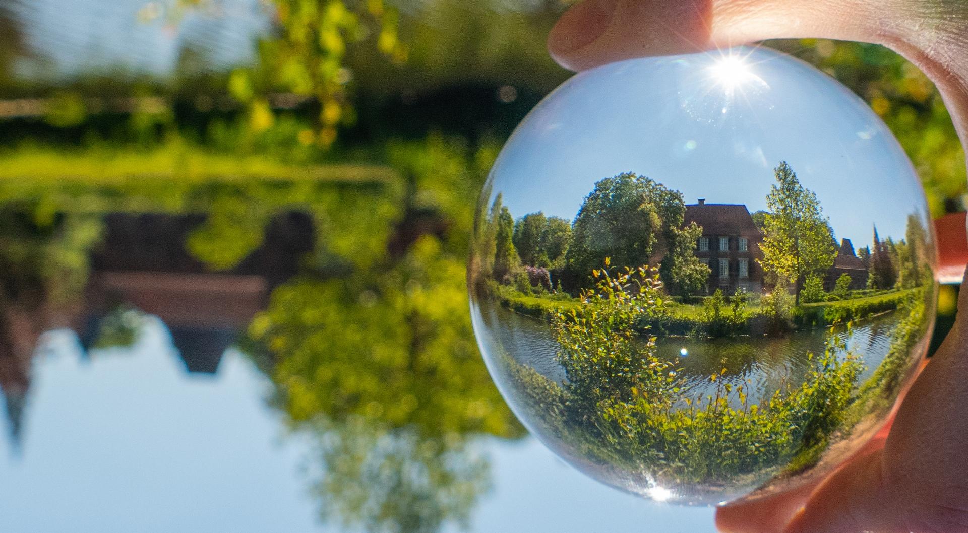 Wasserschloss Egelborg - Glaskugel
